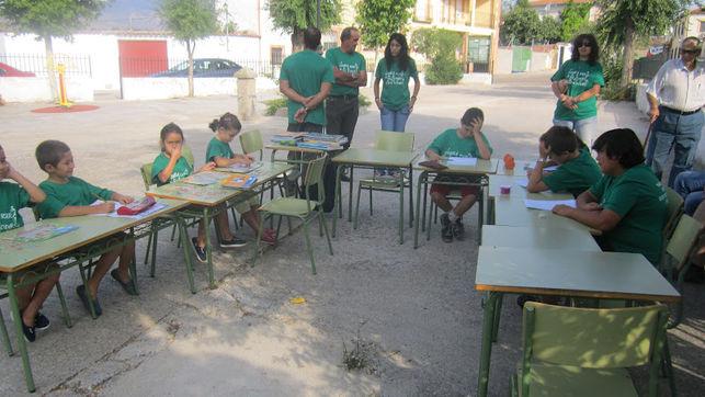 Protesta contra el cierre de la escuela rural de Garciotum
