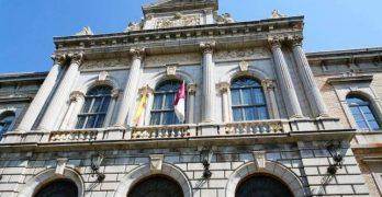 """Los funcionarios """"salvaguardan"""" a Tizón en la comisión que investiga el uso de pisos de la Diputación"""