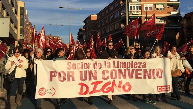 Manifestación de trabajadores de la limpieza en Toledo