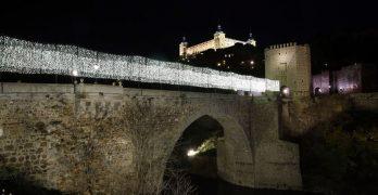 Comienza el alumbrado de Navidad en Toledo y Talavera