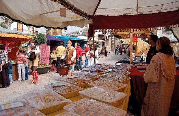 Estudian declarar Fiesta de Interés Regional el Mercado de San Jerónimo de Talavera