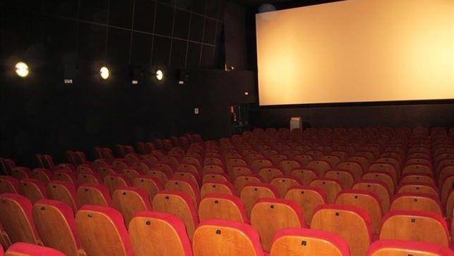 Al cine con el carné de la biblioteca