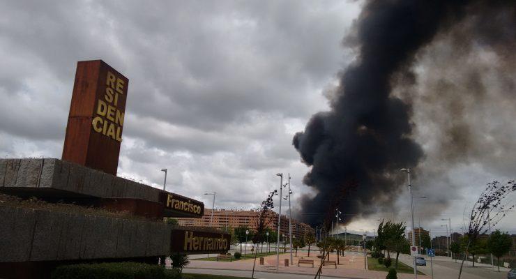 'El Pocero' ofrece abogados a vecinos a los que debe dinero para denunciar el incendio de Seseña