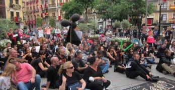 """Vecinos de Seseña piden en Toledo """"información y soluciones"""" al incendio"""