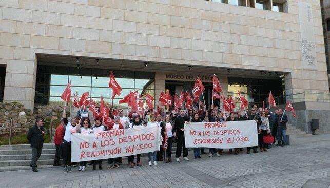 Protesta-trabajadores-Museo-Ejercito-CCOO_EDIIMA20151216_0098_5