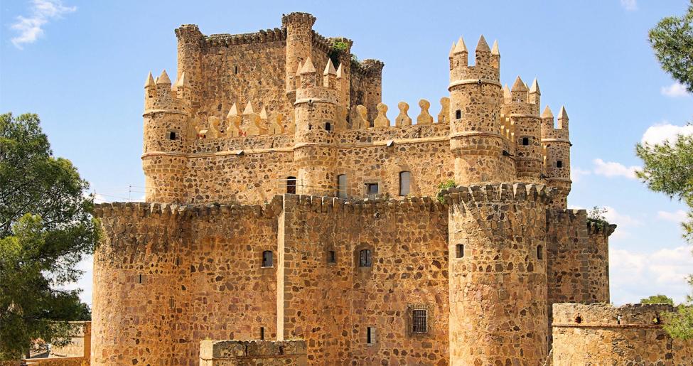 castillo guadamur por turismocastillalamancha