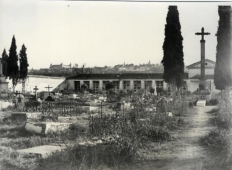 ementerio-de-la-vega-baja-1910