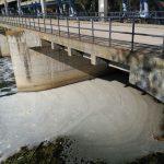 El Ayuntamiento de Toledo recurre cuatro sanciones de la CHT por las espumas del Tajo