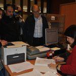 El movimiento ¡Hospitalito ya! entrega 1.700 firmas pidiendo reabrir el centro