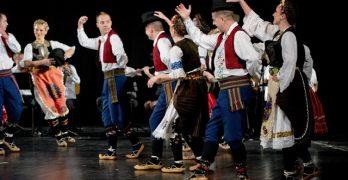 Miguel Esteban celebra este sábado el Festival Folklórico de Invierno 'De calle en calle'