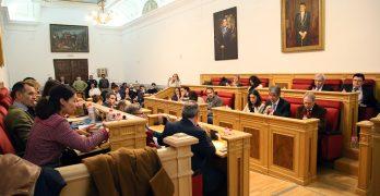 Toledo aprueba medidas para potenciar la inserción laboral de jóvenes y mujeres