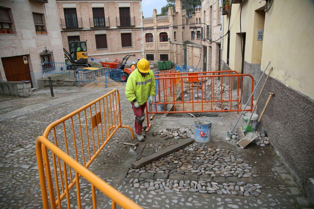 Obras en la calle Santa Ana de Toledo