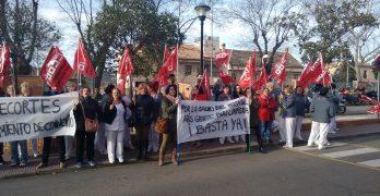 """Seguimiento """"unánime"""" en la primera movilización de los limpiadores de los hospitales de Toledo"""