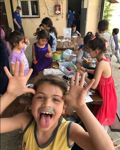 Niños en el campamento de la ONG Bridge al que se desplazó el voluntario toledano FOTO: FACEBOOK