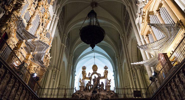 La llegada de Carlos I a Toledo protagoniza una nueva 'batalla' de órganos en la catedral
