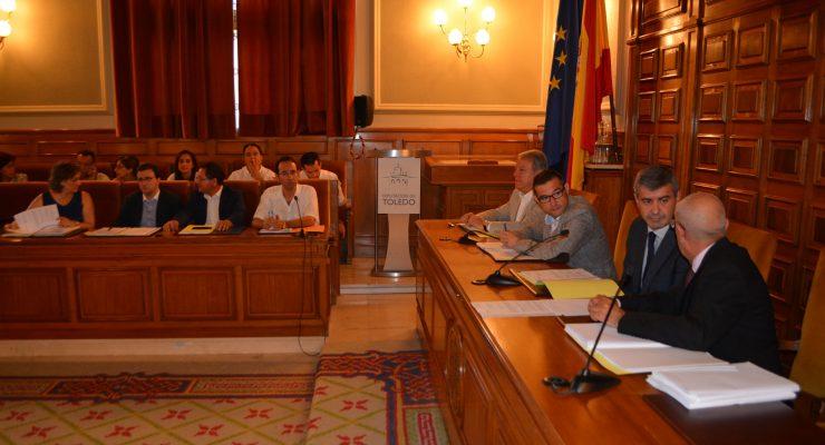 La Diputación pedirá a los familiares de Franco que devuelvan la Medalla de Oro de Toledo