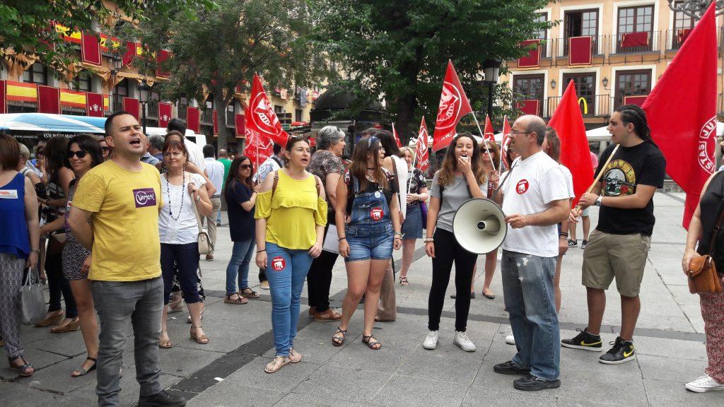 Concentración en Toledo #19JAlertaFeminista