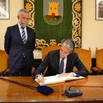 Talavera conectará con Madrid a través de Toledo por una doble vía electrificada