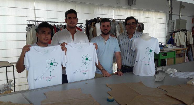 La Escuela de Moda de Talavera triunfa con su primer proyecto solidario 'Camisetas contra el maltrato'
