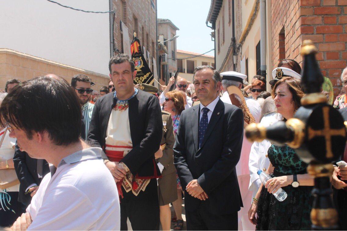 José Vicente Amor (izquierda) junto al presidente del PP en Toledo, José Julián Gregorio