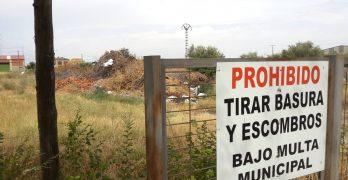 FOTOS   Ganemos llevará a Pleno la existencia de un vertedero ilegal en Talavera La Nueva