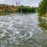 Nuevo episodio de espumas en el Tajo a su paso por Toledo