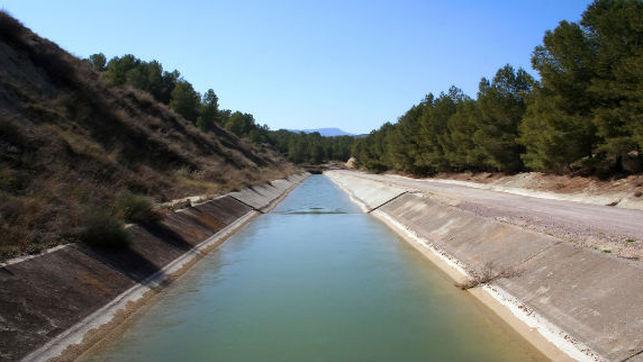 """Denuncian que el Gobierno de Rajoy pretende ceder a Murcia un agua """"que no existe"""""""