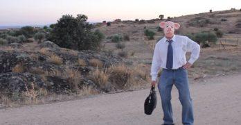 VÍDEO | Gamonal defiende su 'No' a las macrogranjas porcinas versionando el 'Despacito'