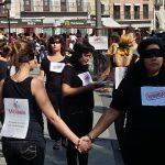 Médicos del Mundo organiza una performance en Toledo para luchar contra la trata