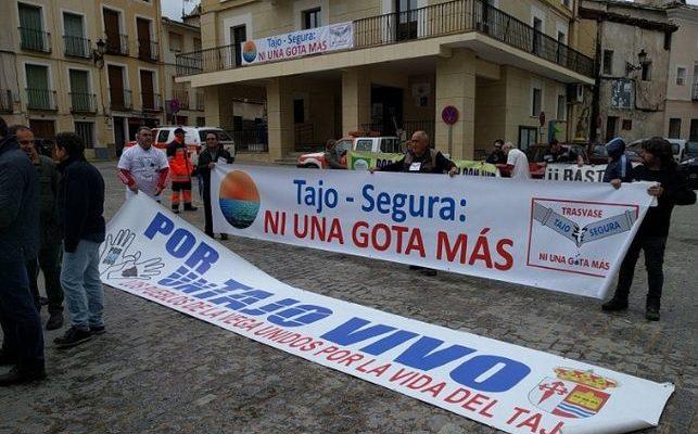 """Page pide un acuerdo de Estado sobre agua contra la permanente """"sequía estructural y política"""" del Tajo"""