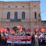 """Concentración en Torrijos para pedir un servicio de tren """"digno"""""""