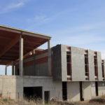 Felpeto anuncia que la Junta retomará las obras de la piscina climatizada en Villacañas