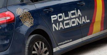 Detenido un padre que esperaba a su hijo menor en un coche mientras cometía robos