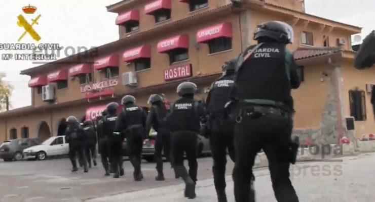 Tres detenidos por secuestrar a un joven en Santa Olalla durante más de 20 horas