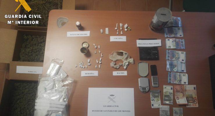Detenido en San Pablo de los Montes tras sorprenderle vendiendo heroína