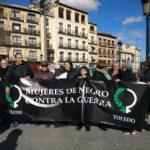 Las Mujeres de Negro conmemoran el día de la No violencia en recuerdo a Ghandi