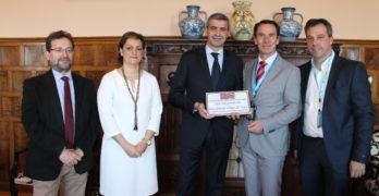 La Diputación recibe el premio 'Guías de Toledo' en reconocimiento a su labor turística