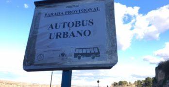 """Reclaman más información en la parada provisional de bus de Gerardo Lobo, donde no hay """"ni un solo cartel"""""""