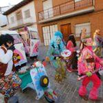 El Carnaval de Illescas combate el frío con color y mucha animación