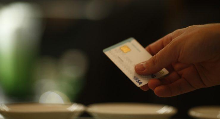 Detienen a un hombre que denunció cargos fraudulentos por valor de 495 euros en su tarjeta que eran de un impago