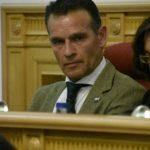 """El pleno del Ayuntamiento reprueba """"la actuación"""" de López Gamarra y solicita su dimisión"""