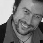 El escritor y cantautor Ángel Petisme celebra en Toledo sus 40 años sobre los escenarios