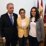 """González Cabezas oficializa su renuncia con """"cierto desasosiego"""" por no haber estado """"más presente"""""""