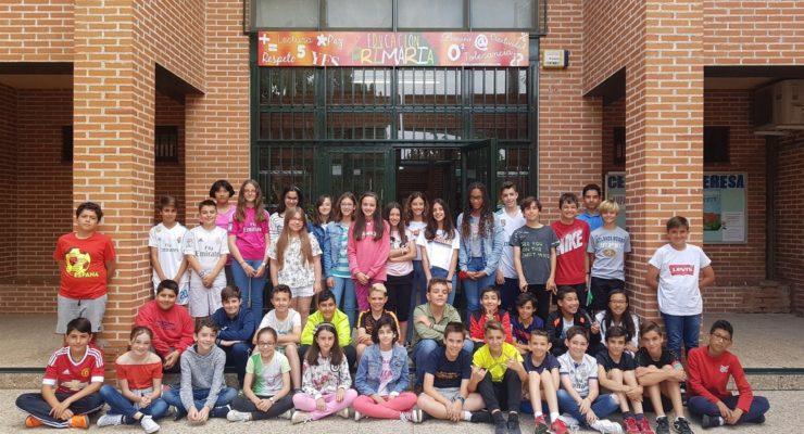 """Los alumnos del Santa Teresa se hacen """"empresarios"""" para financiar su viaje de fin de curso"""