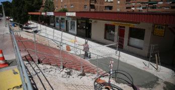 Mejoras en el recinto deportivo del Polígono, la calle Manuel Machado y la Biblioteca