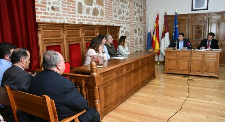 Lagartera tiene nuevo alcalde tras la inhabilitación del 'popular' José Vicente Amor