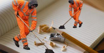 Ferroser aumenta las cargas de trabajo y modifica los horarios de las limpiadoras municipales