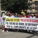 """Los taxistas piden la regulación de las VTC ante la """"alarmante"""" situación en Toledo"""