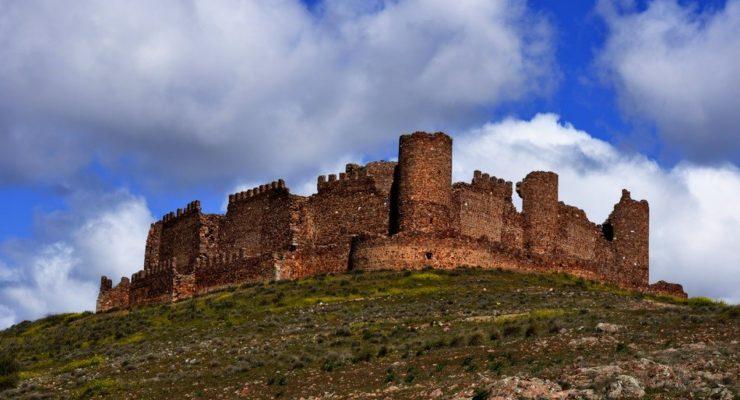 Los estanques romanos de Las Pozas o el Castillo de Almonacid entran a la Lista Roja del Patrimonio