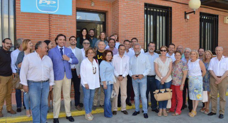 Compromisarios del PP de Toledo trasladan a Gregorio su apoyo a la candidatura de Casado